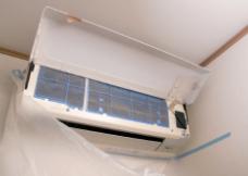 画像:エアコン洗浄